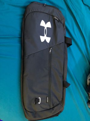 Under armor storm waterproof bag/duffle for Sale in Chico, CA