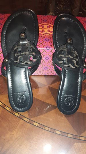 Leatherman Tory BURCH sandals size 7.5 for Sale in San Diego, CA