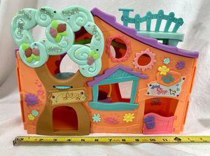 LITTLEST PET SHOP LPS Orange Club Playset 2007 Tree House w/Swings Opens Up EUC for Sale in Littleton, CO