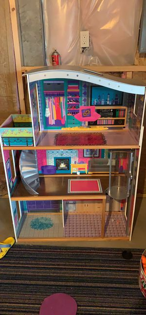 Doll house with elevator for Sale in South Attleboro, MA