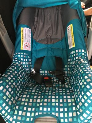Evenflo infant car seat for Sale in Tampa, FL