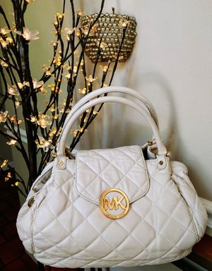 Authentic Michael Kors Bag for Sale in Imperial, MO