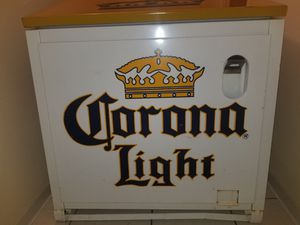Corona vintage cooler for Sale in Chicago, IL