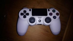 Play station 4 controller for Sale in Lynnville, IN