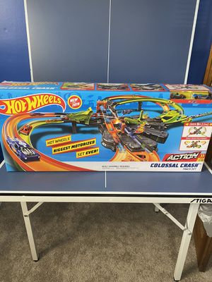 Hot wheels colossal crash for Sale in Meriden, CT