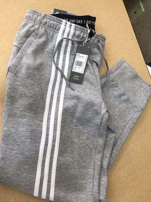Brand new Adidas sweats for Sale in Aurora, CO