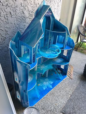 Frozen castle for Sale in Sacramento, CA