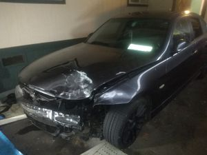 Silver 2000 BMW -2006 BMW 325 (parts car) 1000$ for both for Sale in Kent, WA