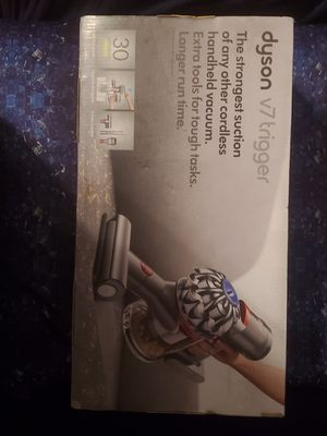 Dyson Ball V7 Trigger Hand held Vacuum( New) for Sale in Rochester, MN