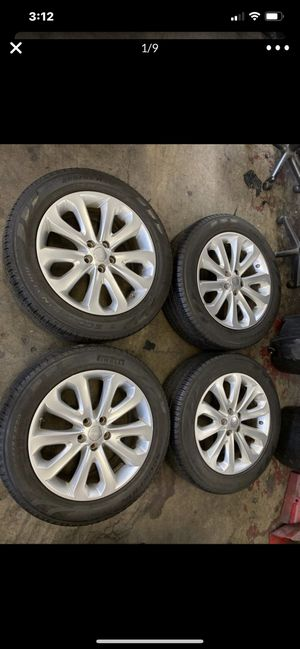 """(4) 20"""" Landrover HSE wheels rims Oem 20x8.5 255/55/20 like new tires for Sale in Alhambra, CA"""