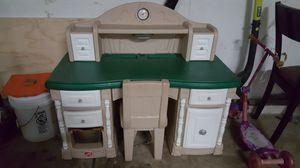 Step 2 kid desk for Sale in Naperville, IL