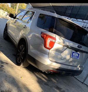 Ford Explorer 2017 XLT for Sale in Downey, CA