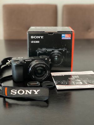 Sony A-6300 Mirrorless Camera w/Box for Sale in Orlando, FL
