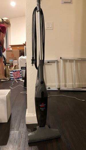 Free vacuum for Sale in Los Angeles, CA
