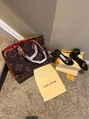 Louis Vuitton ONTHEGO handbag with sneakers and SANDELS WILL SELL SEPARATELY for Sale in Aurora, CO