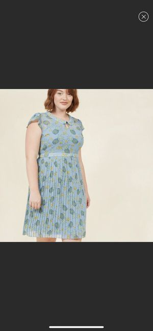 ModCloth size 1x Pineapple Dress for Sale in Brier, WA