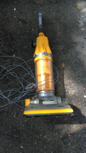 dyson dc07 upright home vacuum cleaner for Sale in Arlington, MA