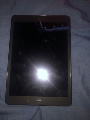 Samsung tablet for Sale in Miami Shores, FL