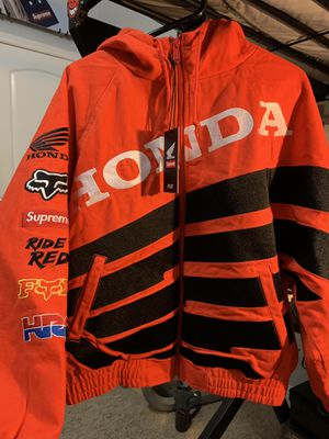 Medium, new, Red Supreme Honda Racing Jacket for Sale in Riverview, FL