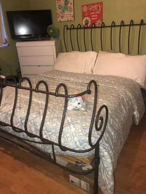 Wrought iron custom made queen size sleigh bed frame. for Sale in Hollywood, FL