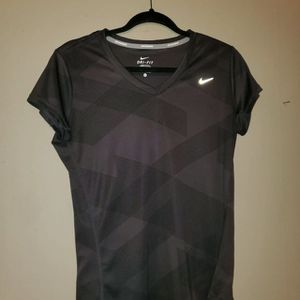Nike Dri-FIT Black/Heather T-Shirt for Sale in Farrell, PA