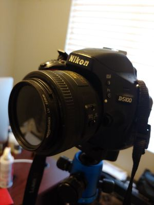 Nikon D5100 with extra lenses for Sale in Moreno Valley, CA