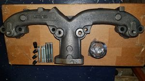 Chevrolet exhaust manifold for Sale in Seattle, WA