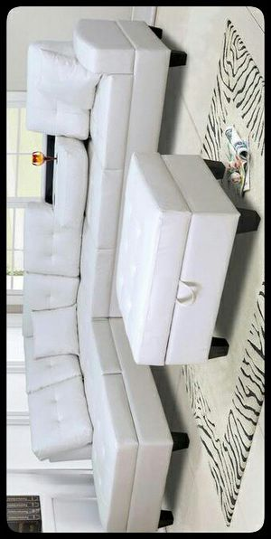 🚩SAME DAY DELIVERY🚩 Pablo White Sectional with Ottoman for Sale in Washington, DC