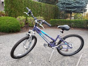 "Schwinn Girl's Bike 24"" for Sale in Mukilteo, WA"
