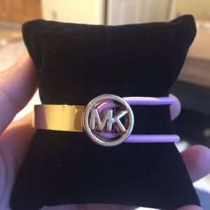 Mk Michael kors stretchable bracelet for Sale in Colesville, MD