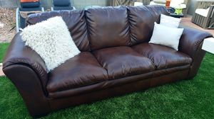 Nice couch. Pick up for Sale in Las Vegas, NV