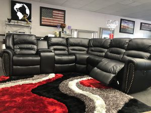 Black Reclining Sofa Sectional for Sale in Fresno, CA