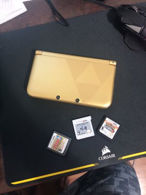 Nintendo 3DS XL legend of Zelda limited edition. Comes with 5 games! All for 130! Also includes 2 SD memory chips 4gb each for Sale in Miami, FL