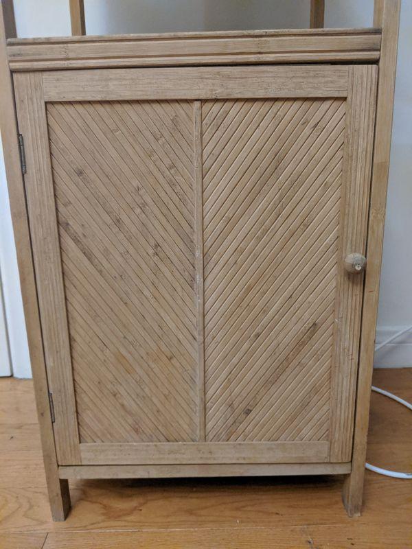 Cabinet/Shelf Unit