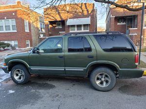 2001 Chevy Blazer for Sale in Chicago, IL