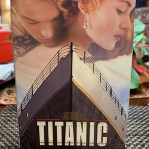 titanic VHS for Sale in Houston, TX