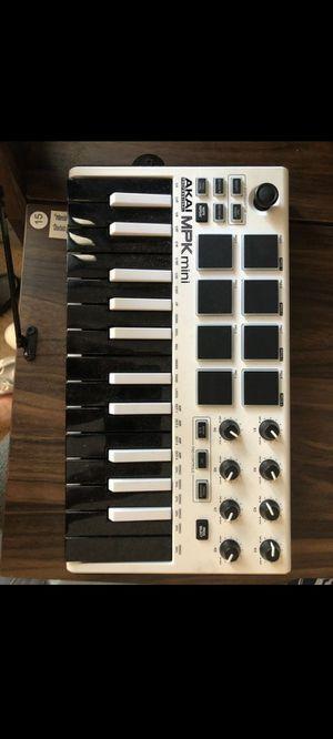 AKAI Professional MPK mini II for Sale in Conyers, GA