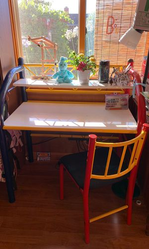 Kids Desk&chair for Sale in Fremont, CA