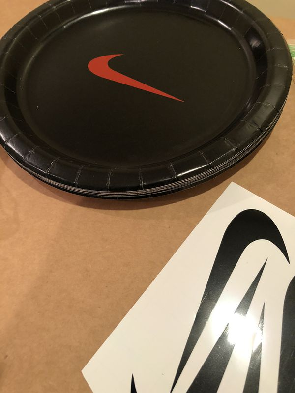 Custom Party decoration Nike bundle set, plates cups napkin balloons