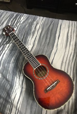 Mitchell Electric Ukelele for Sale in River Forest, IL