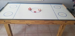Air hockey table for Sale in Sebring, FL