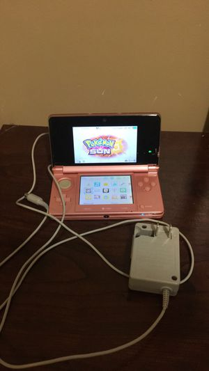 Pink 3DS w/ Charger for Sale in Hyattsville, MD