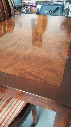 All wood beutiful dining table for Sale in Cape Coral, FL