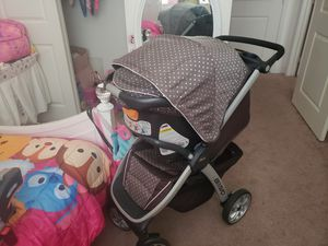 Stroller chicco bravo with car seat for Sale in Pembroke Pines, FL