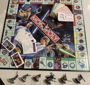 Star Wars Saga Monopoly no box for Sale in Los Angeles, CA