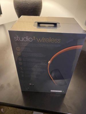Brand New Beats Studio3 with receipt for Sale in Puyallup, WA