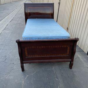 Twin $180 for Sale in Bakersfield, CA
