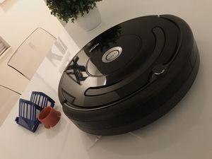 iROBOT roomba 675 App controlled Robot vacuum. for Sale in Miramar, FL