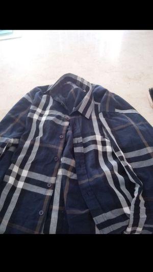 Men's Burberry Shirt for Sale in Cincinnati, OH