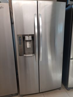 LG Side by Side Door Refrigerator for Sale in Fort Myers,  FL